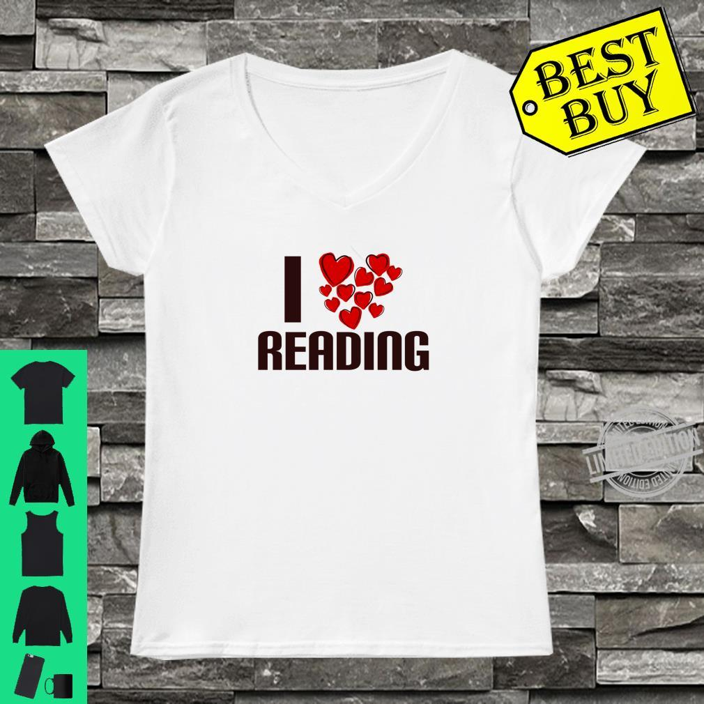 I Love Reading Book Cute Hearty person Shirt ladies tee